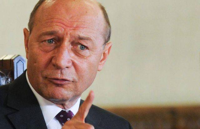 Traian Basescu: Ne ajunge cat am fost impartiti in iliescieni si anti-iliescieni, basisti si anti-basisti!