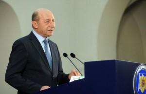 Romania NU RECUNOASTE referendumul din Crimeea! Basescu ESTE ILEGAL!
